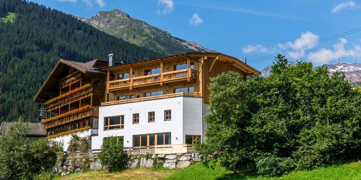 Hotel Cafe Tirol