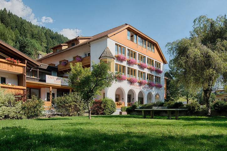 Hotel Schachen St Johann