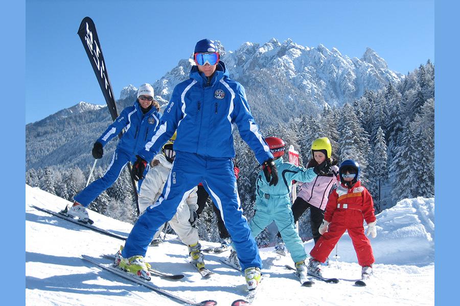 Tipps und tricks für ski anfänger schifahren lernen in tirols